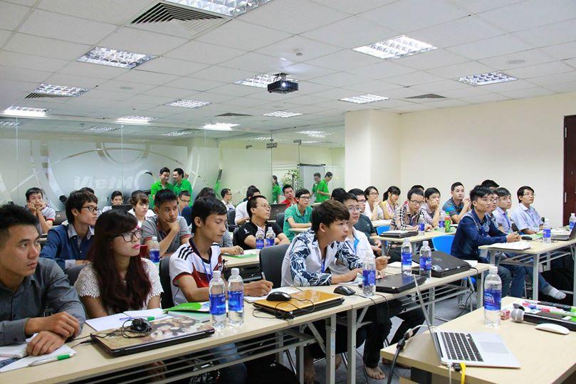 Chào đón k14 tham gia khai giảng khóa học seo tháng 10/2014