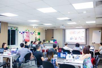 Toàn cảnh khai giảng khóa học Facebook Marketing K44